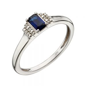 Deco style sapphire ring