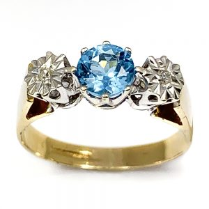 9 Carat Gold Blue Topaz & Diamond Ring